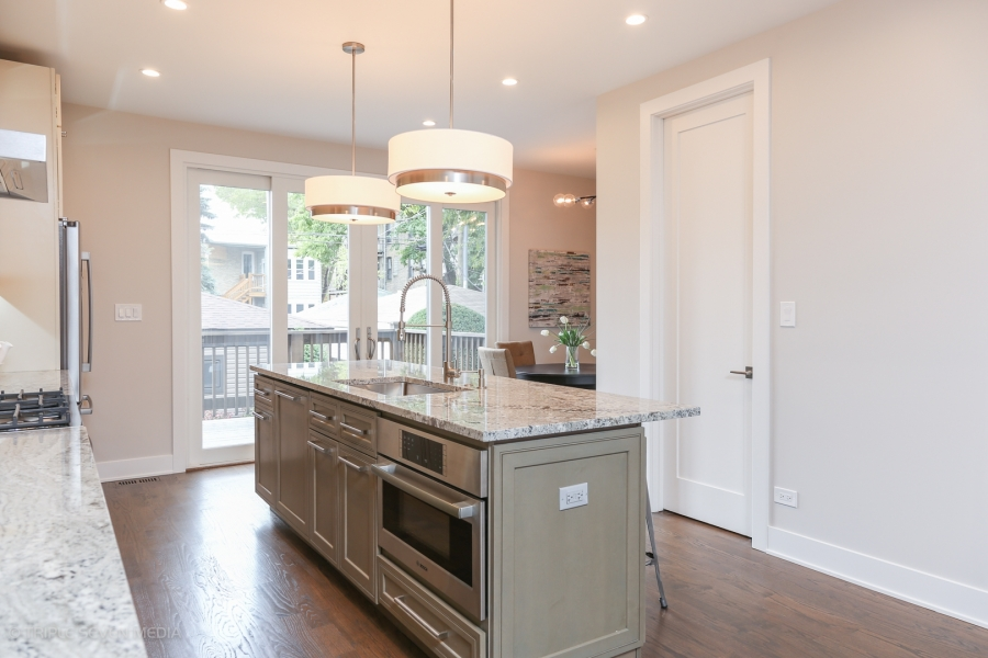 Kitchen Island, Balmoral Restoration, Chicago