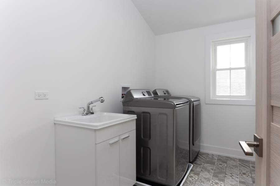 Laundry Room, Overhill Norridge, Rehab
